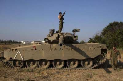 Jalur Gaza Dihujani Tembakan Tank Militer Israel