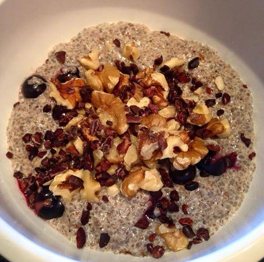 This recipe is: vegan,grain, gluten, dairy, refined sugar free & low carb. Servers: 1 INGREDIENTS: 200 mls homemade almond milk ** 35 grams ground chia seeds * grind in a high speed blender P...