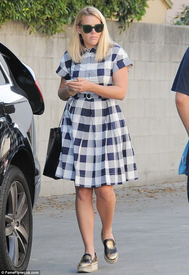 A-list affair! Busy Philipps, 36,attended a friend's birthday party at Duff's Cakemix in ...