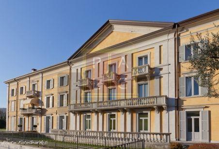 Luxury villa for sale lake Como