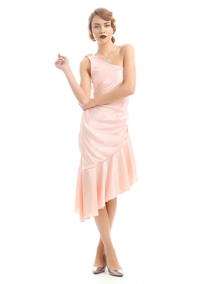 TABE KIYAMET Elbise Markafoni'de 429,00 TL yerine 128,99 TL! Satın almak için: http://www.markafoni.com/product/3549181/