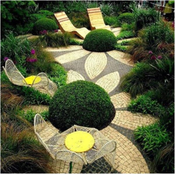 Creative Gardening Using Topriary, Mosaics For Outdoor Relaxing Area And  Dining