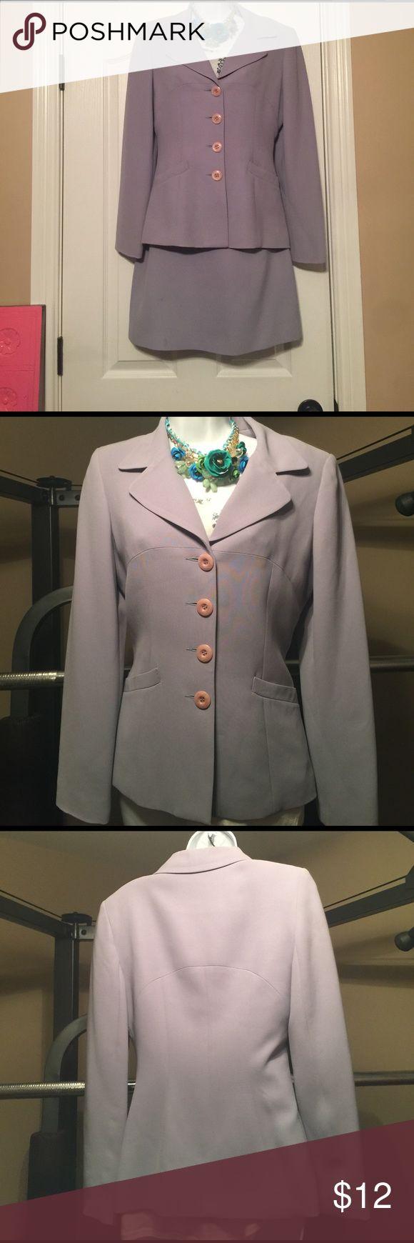Babe  size 6 blazer  sale 🛍😜size 6 Babe Blazer size 6 in very good condition no stains smoke smoke-free 🎈🎈🎈🛍🛍 bebe Jackets & Coats Blazers