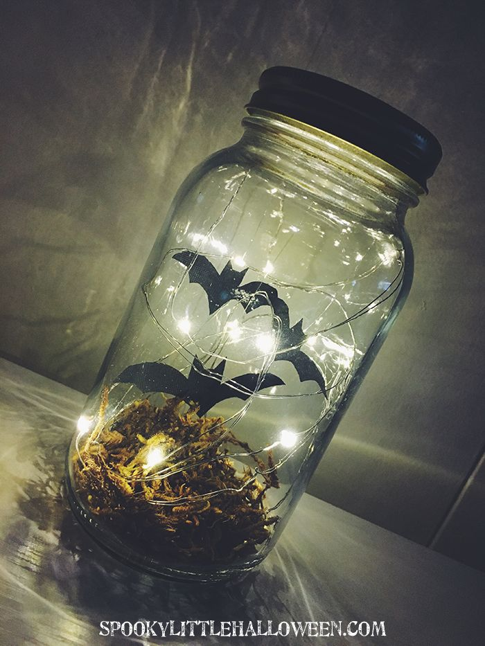 Make your own bat terrarium for Halloween for less than $10! Spooky Little Halloween will teach you how + give you step-by-step directions.
