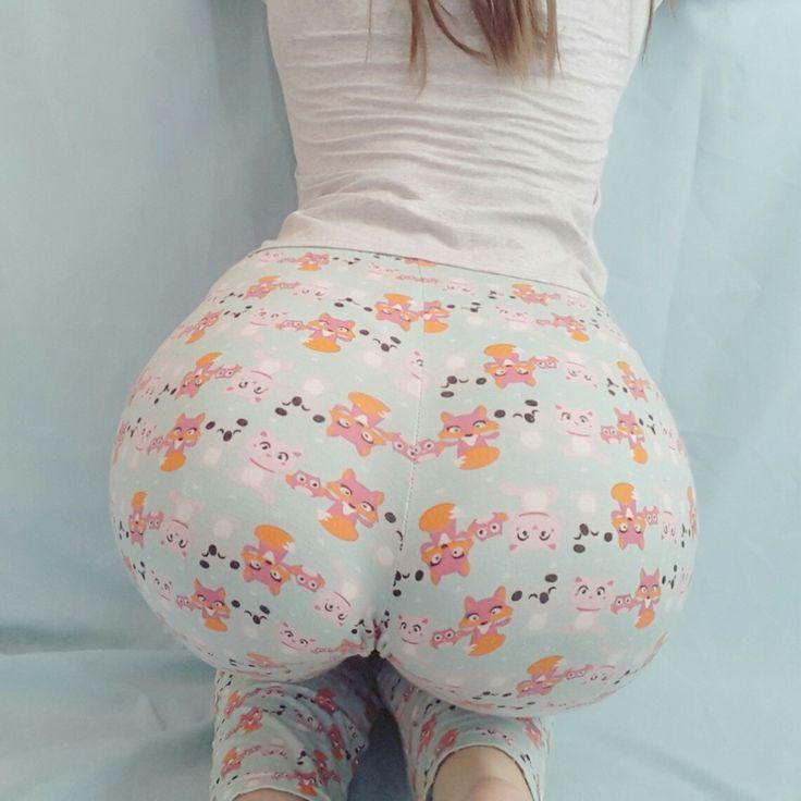 public latex ass butt