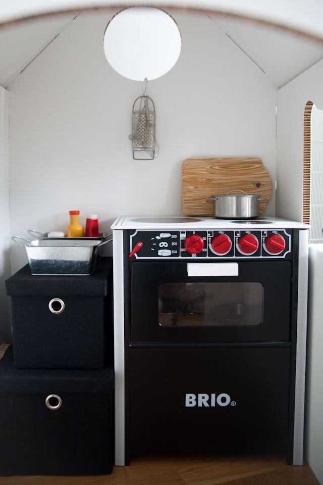 Kids playhouse, Brio oven