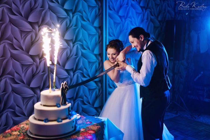 Fotografia ślubna Kraków Białe Kadry www.BialeKadry.pl  #love #tort #tortslubny #wesele #ślub #pannamłoda #panmłody #