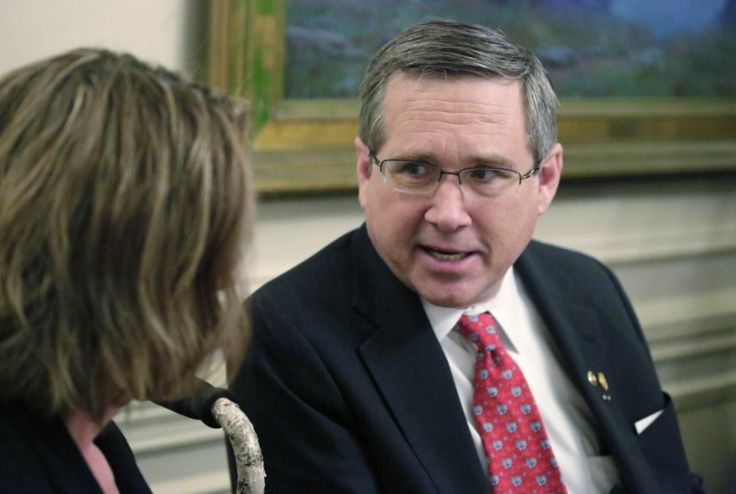 Mark Kirk's bizarre claim that Nelson Mandela dismantled South Africa's nuclear program - The Washington Post