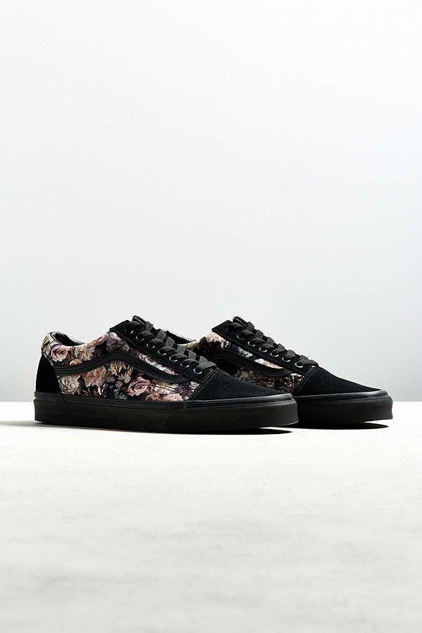 aa229f7c2cb Slide View  1  Vans Old Skool Floral Velvet Sneaker