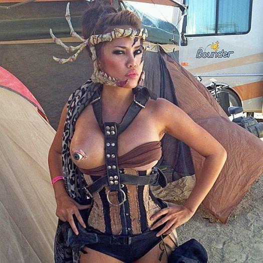 Muslim man xxx desert rose aka prostitute 8