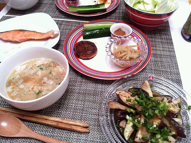 フットサルが急遽中止になり、ありあわせの晩御飯(^-^; - 6件のもぐもぐ - 今日の夕食 お茶漬け(永谷園極膳)、鮭、なすポン酢、きゅうり、もやしのナムル、大根ステーキ by pinkironohiyoko