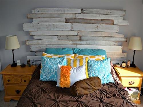 Excellent Idea of Wood Pallets Headboard | Pallets Furniture Designs