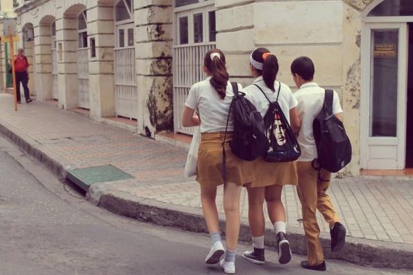 #Cuba, girls after school
