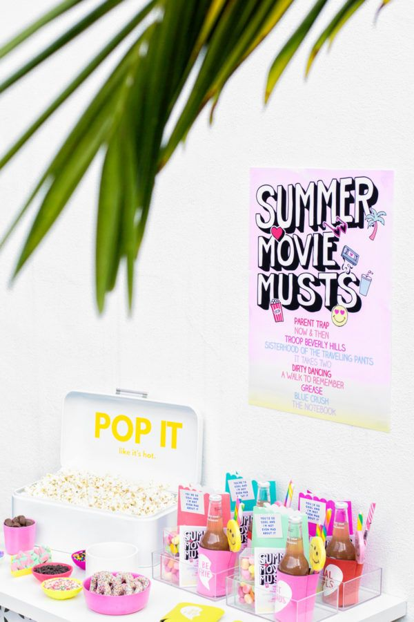 Tips for Throwing A Colorful Backyard Movie Night! | studiodiy.com