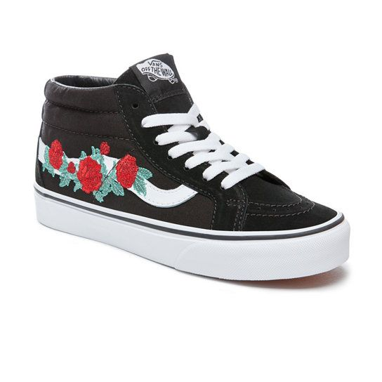 88fdb9424eafc8 Rose Thorns Sk8-Mid Reissue Shoes