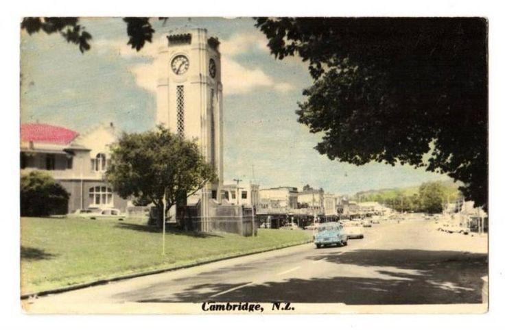 Tinted Postcard by N S Seaward of Cambridge. - 45784 - Postcard - Postcards N S Seaward - Postcards By Photographer - EASTAMPS