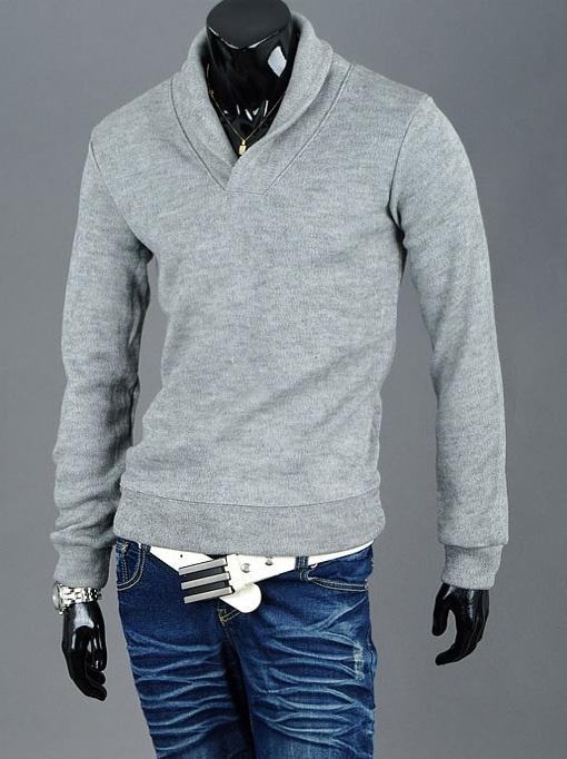 Sweater with Turndown Collar