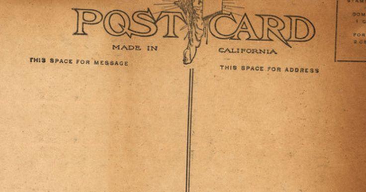 Cómo hacer tarjetas postales en casa. Crea tarjetas postales con tus propias manos utilizando una gran variedad de documentos y materiales que tengas en tu casa. Niños y adultos pueden hacer postales temáticas de diferentes tamaños para enviárselas a familiares y amigos en lugar de hacer tarjetas de felicitación. Elabóralas para darlas como regalo o como una forma económica de ...