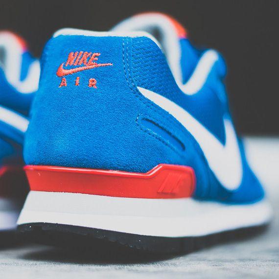 "nike air waffle trainer military blue 04a Nike Air Waffle Trainer   ""Military Blue"""