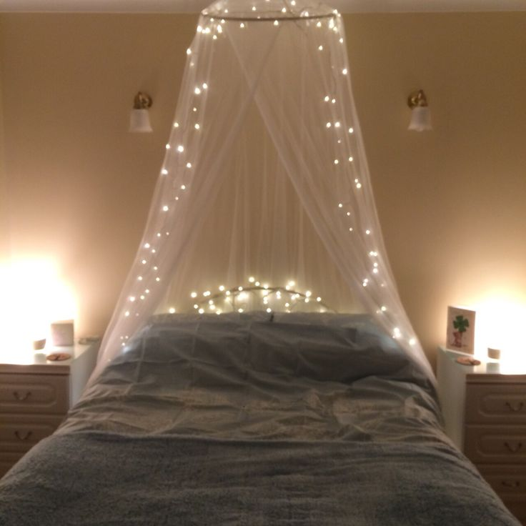 Bedroom decoration - Muslin net with twinkle lights