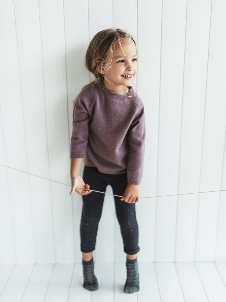 I love this comfy toddler fall outfit! // RIBBED CASHMERE LEGGINGS from Zara #to…