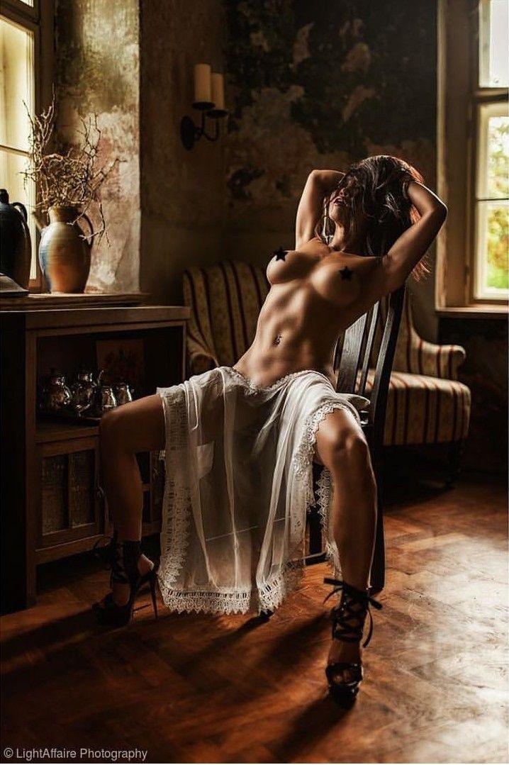 16 artistic nude