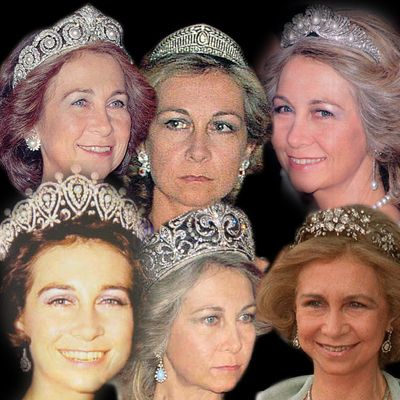 The Fleur-De-Lys Tiara is said to be the most cherished tiara of The Royal Family of Spain and only passes on from Queen to Queen. Description from theroyalforums.com. I searched for this on bing.com/images