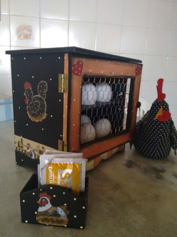 Rust handmade eggs holder by Tammy