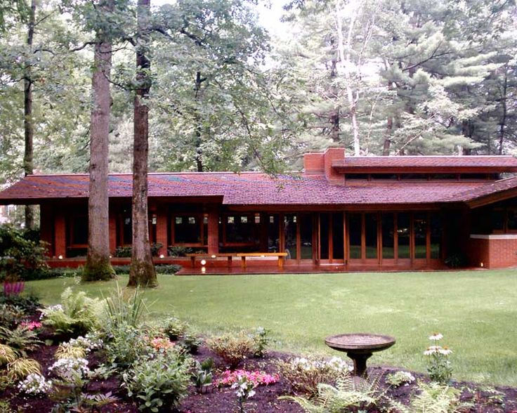 Zimmerman House (Manchester NH): Designed By Frank Llord Wright In 1950, The