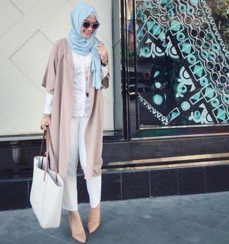 long blush vest hijab fashion- Hijab fashion and Muslim style http://www.justtrendygirls.com/hijab-fashion-and-muslim-style/