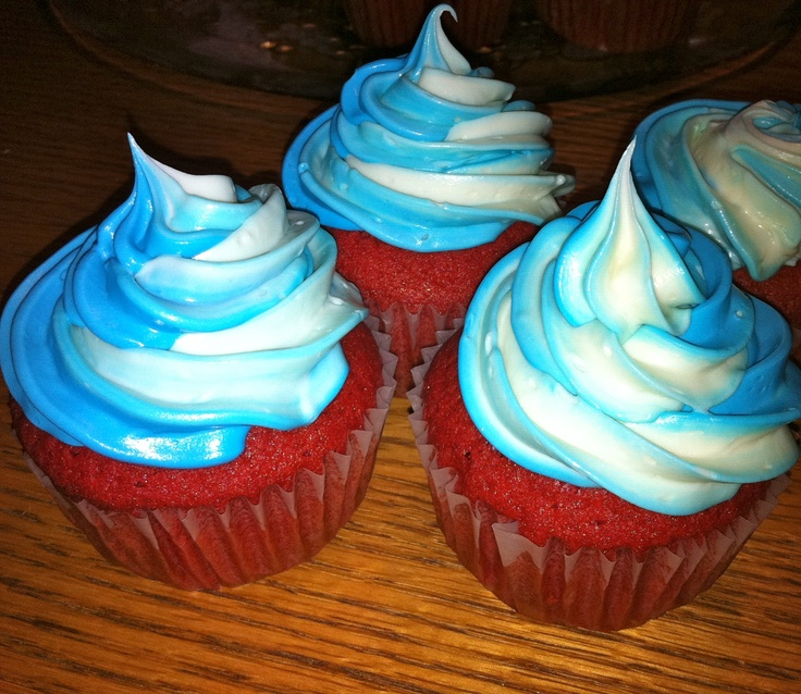 I Made These Red Velvet Cupcakes With Swirled Blue And