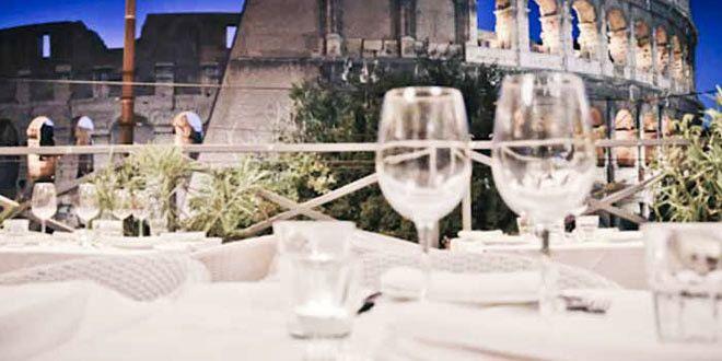 I migliori ristoranti per festeggiare il Capodanno 2015 a Roma! Entra nella pagina e scegli il ristorante dove trascorrere il veglione del 31 Dicembre 2014. All'interno di ogni pagina del locale troverai tutte le informazioni necessarie per fare la giusta scelta, come: il menu del cenone, il programma del veglione e i prezzi per la cena. Soluzione ideale per le famiglie con bambini o per chi ha intenzione di organizzare un dopo serata con musica.