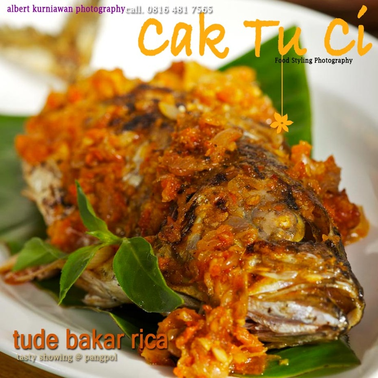 Indonesian food : tude bakar rica Had some fish looked like this in Indonesia was so yummy!!
