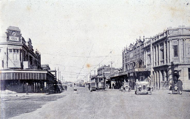 https://flic.kr/p/bChGZ4 | C918-0158 Maitland Road, Mayfield, c.1925 | This image was scanned from a photograph or slide taken by the late Dr John Turner (1933 - 1998), local historian and lecturer. His collection is rich in Australian history and local studies.  This image can be used for study and personal research purposes.  If you wish to reproduce this image for any other purpose you must obtain permission by contacting the University of Newcastle's Cultural Collections.   Please…