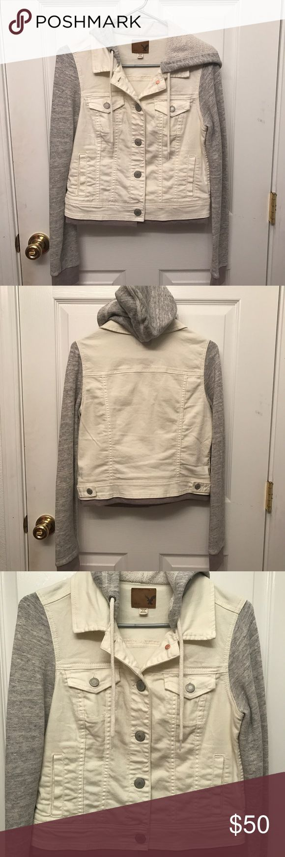 American Eagle white denim jacket American Eagle Outfitters white denim jacket. Only worn once has pockets on the outside and on the inside. The sleeves are sweater-like material and has a hoodie. No tips or stains. American Eagle Outfitters Jackets & Coats Jean Jackets