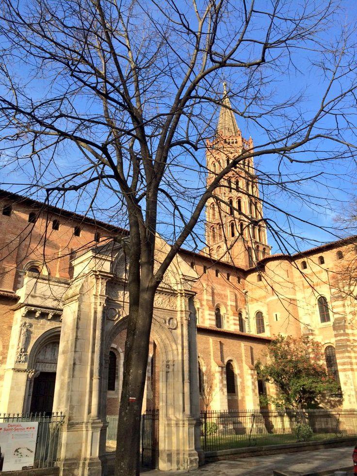 Une étape précieuse du chemin de Compostelle : la Basilique de Saint-Sernin.