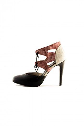 Compra online toda la colección de Zapatos de lujo de Miss García, firma  española de zapatos Made in Spain. Salones, sandalias y bailarias Miss  García.