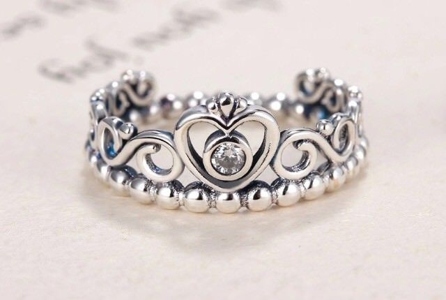 Pandora Crystal Crown Womens 925 Sterling Silver Stackable Ring Sizes 6-10 Avail