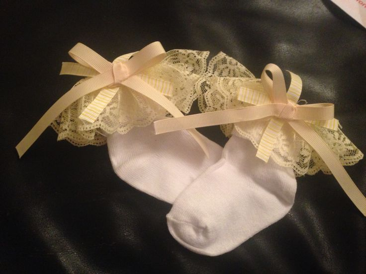 Spring time frilly socks with bow detail