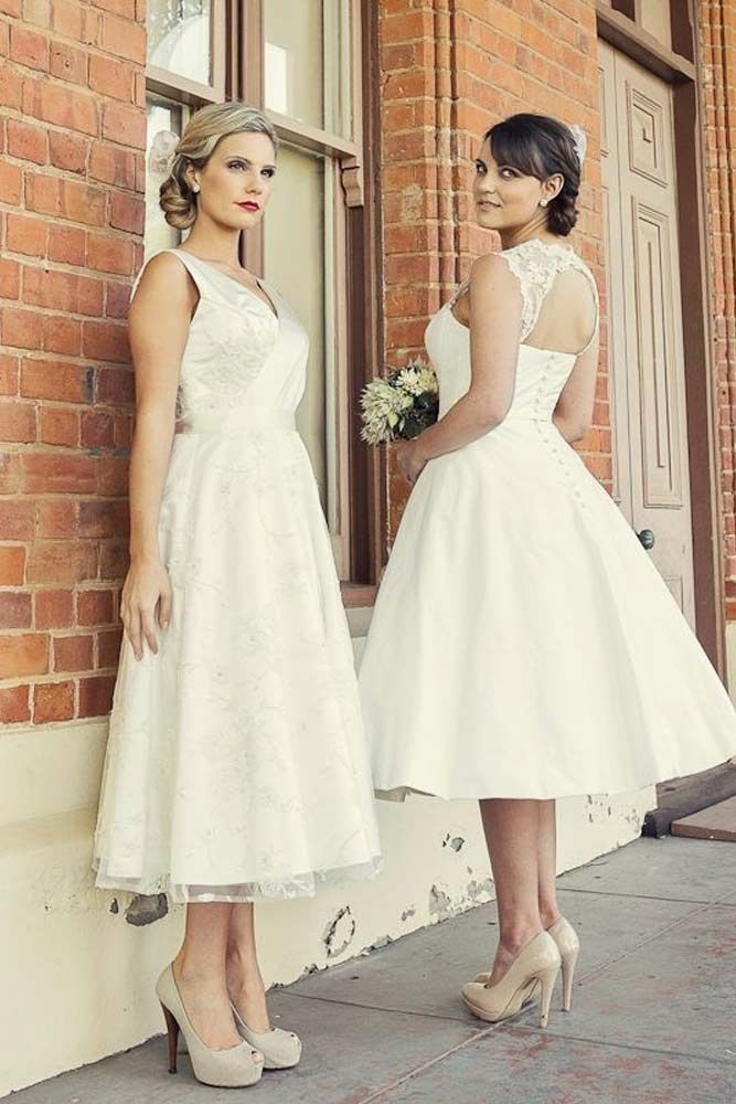 30 Fabulous And Unique Vintage Wedding Dresses To Fit Any Taste Vintage Inspired Wedding Gown Lace Wedding Dress Vintage Wedding Dresses Vintage