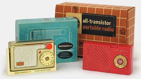 Vintage transistor radios: Motorola 56T1 and General Electric GE 677