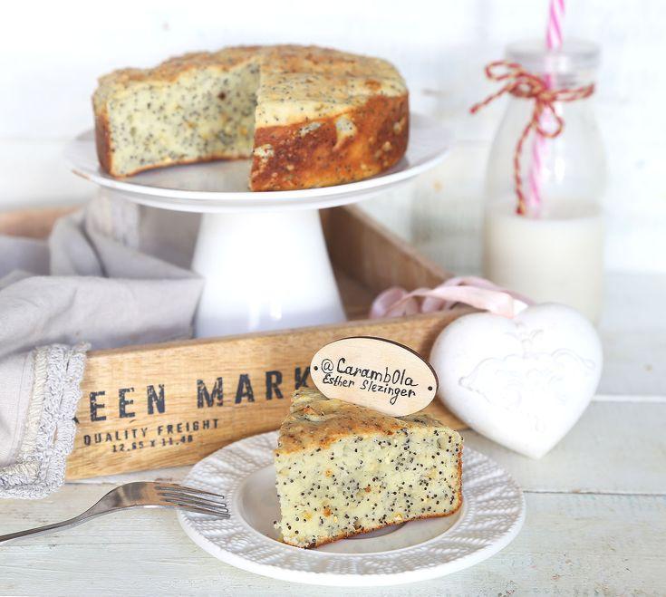 Вкусный, сочный и нежный полезный творожный пирог с маком.  Ингредиенты: Мука: ц/з пшеничная + рисовая: 150 г. Кукурузный крахмал: 20 г. Творог 2%: 150 г. Кефир 1%: 70 мл.&nbsp