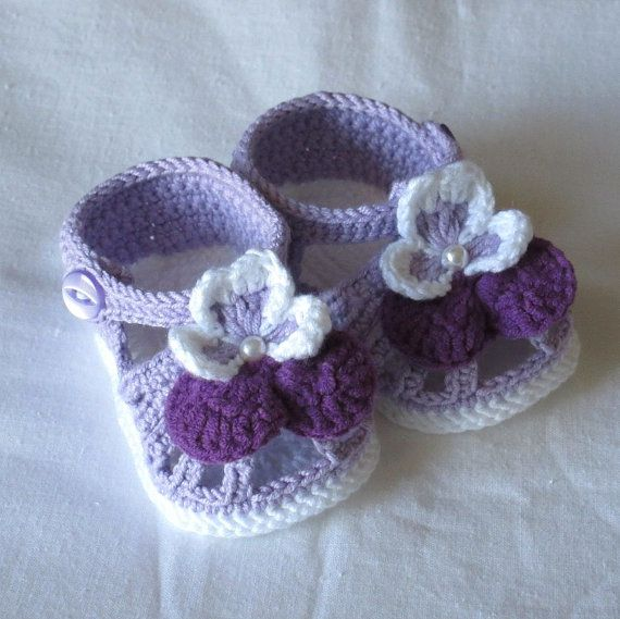 Crochet baby shoesCrochet baby ♥ by NPhandmadeCreations on Etsy