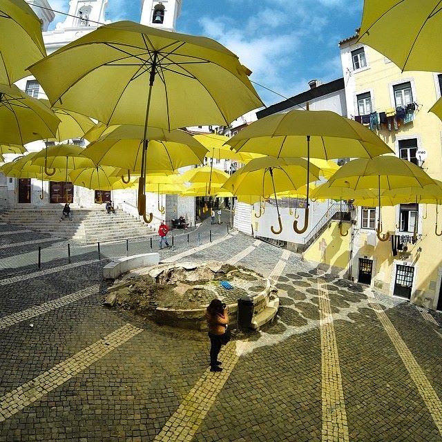 Amazing in Alfama quarter - Lisbon