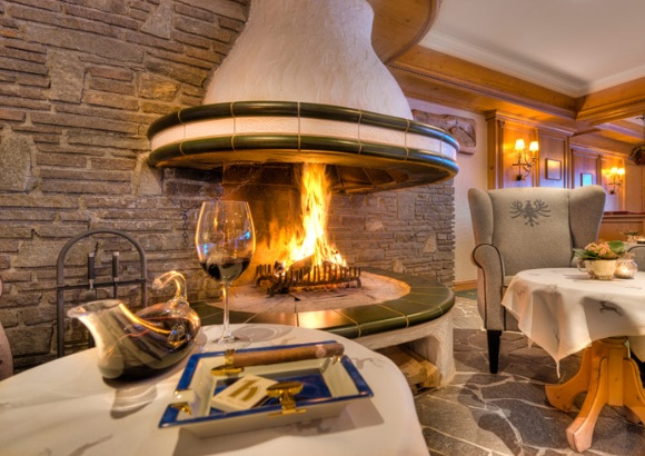 Wohlige Wärme nach dem Skifahren  #Hotel #Wellness #Urlaub #Tirol #Ötztal #Skiurlaub #Skifahren #Wandern