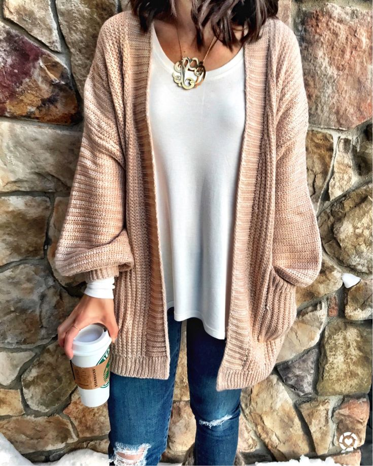 IG: @mrscasual | Cozy cardigan sweater outfit