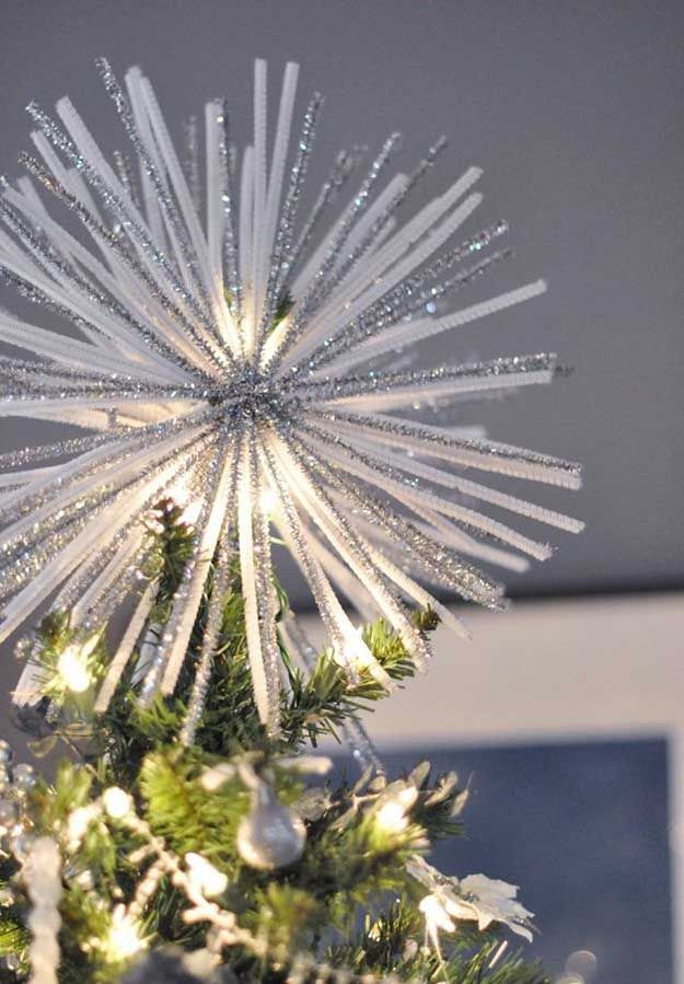 Pipe Ceaner Starburt | 15 DIY Christmas Tree Topper Ideas, check it out at http://diyready.com/diy-christmas-tree-topper-ideas