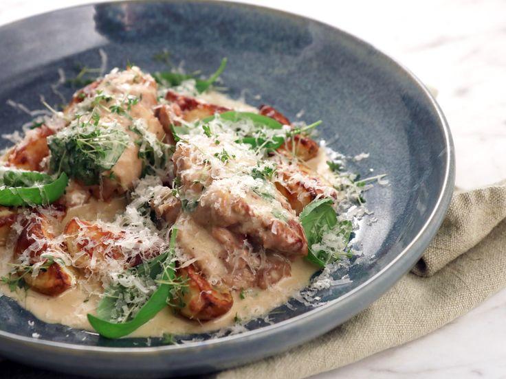 Kycklingrullader med sidfläsk, parmesan och basilika | Recept från Köket.se
