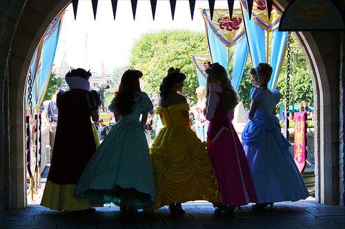 AHHH!!!!! I swear, I need to hit up Disney World. The sec I run into the Disney Princesses...I'm busting into tears!!