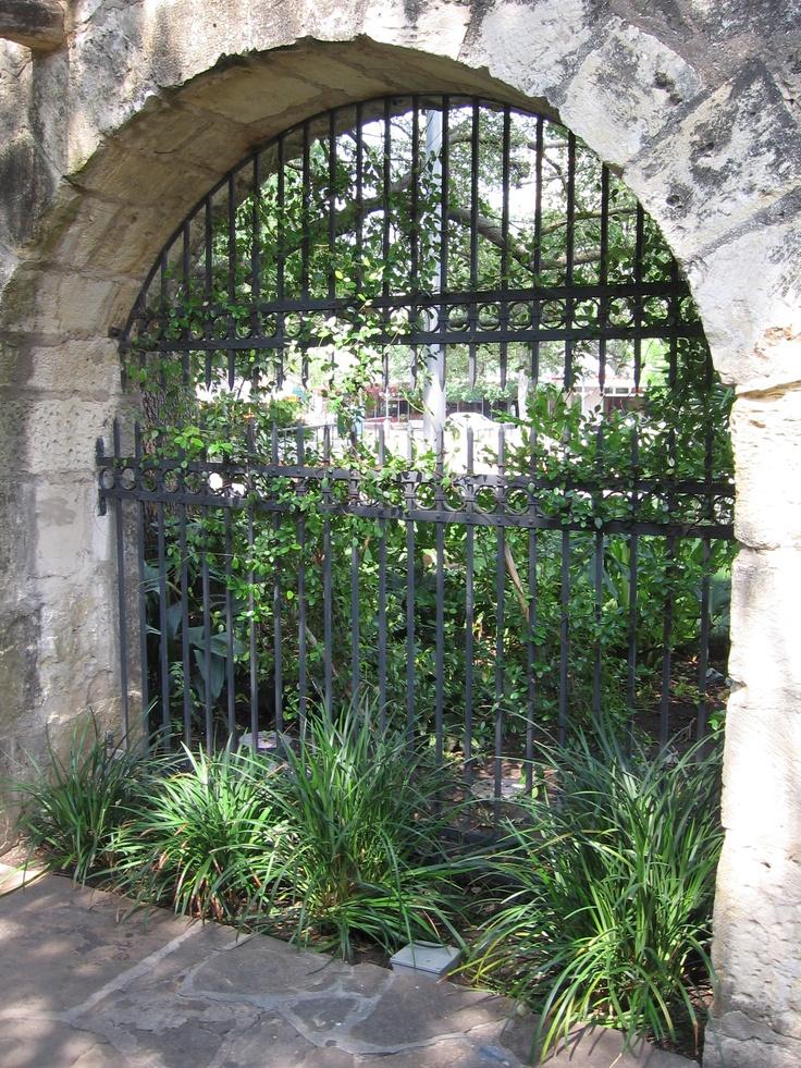 Gate At The Alamo The Alamo Pinterest The Alamo The
